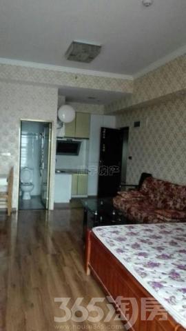 涪陵租房泽胜中央广场高层精装1房月租1300