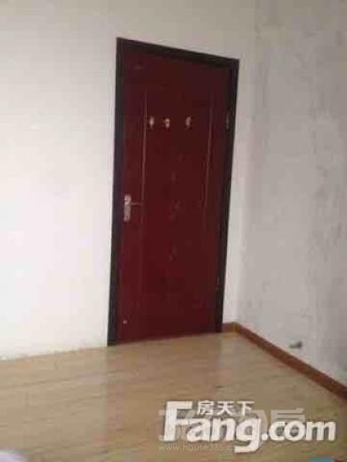 天朗 蔚蓝花城3室1厅1卫15平米合租简装
