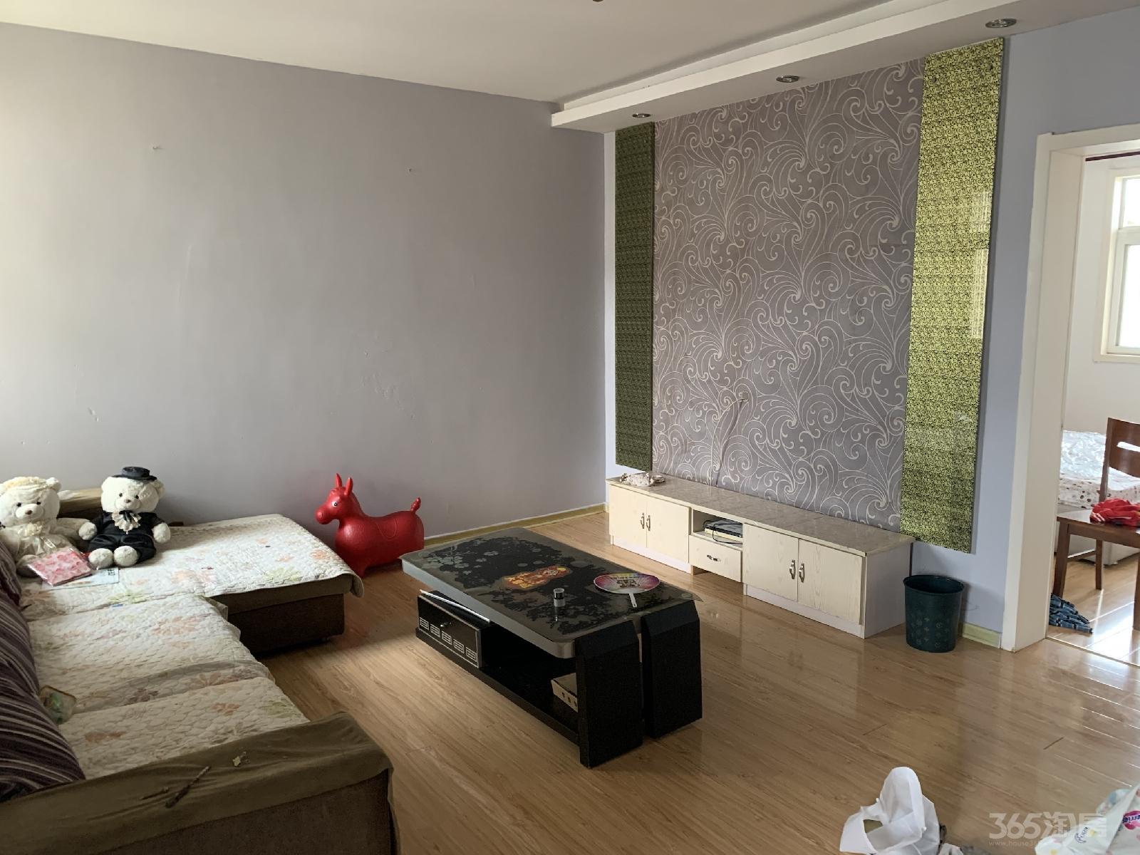 浦欣家园3室3厅2卫137平米整租精装