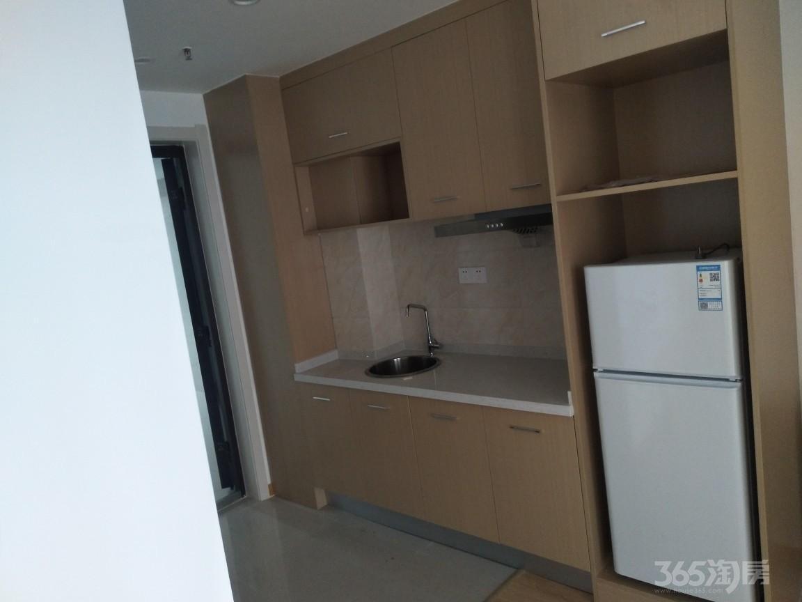 加侨悦山国际西区2室1厅1卫64平米整租精装