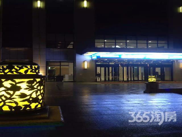 曲江国际金融中心5层整层2043.75平整租毛坯