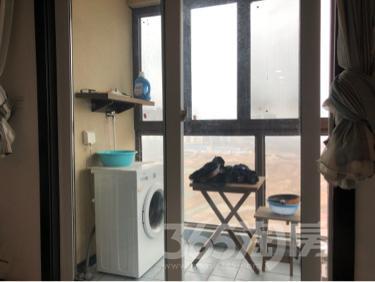 泰达青筑1室1厅1卫33平米精装产权房2018年建