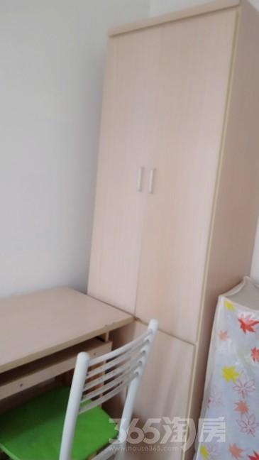 文锦新城4室1厅1卫12平米合租简装