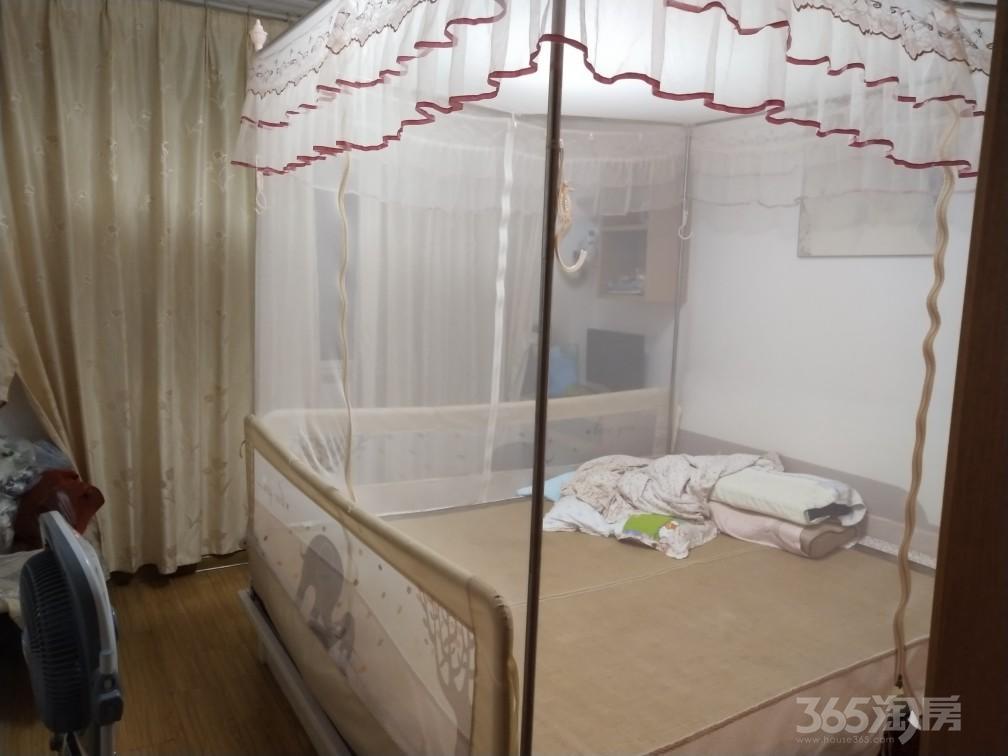 东部星城3室2厅1卫90.03平米2010年产权房精装