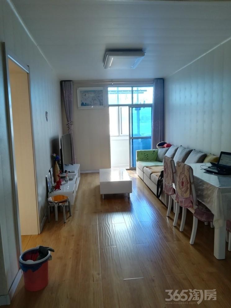 西干道38号院。2室1厅1卫72平米91年产权房精装