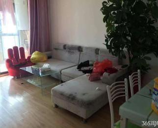 黄家尚品中等装修+三室一厅+三台空调 家具家电齐全
