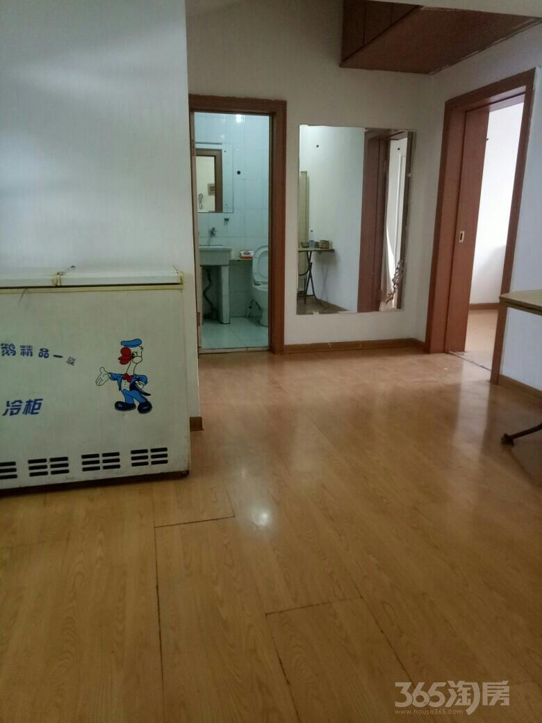 尊龙苑勋业一路2室1厅1卫70平米2006年产权房简装