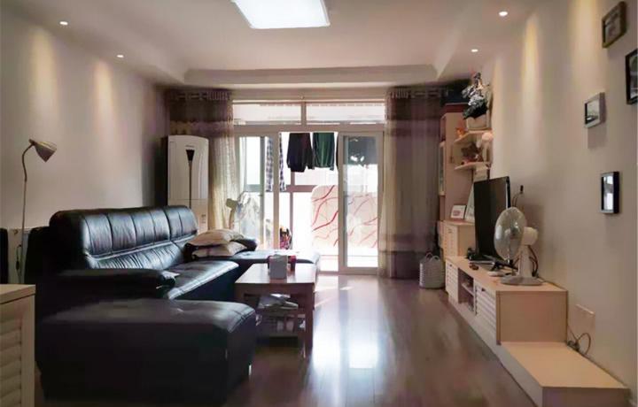 83平米三房两厅装修