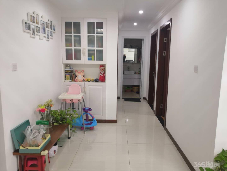 翠屏城3室2厅1卫86平米2016年产权房精装