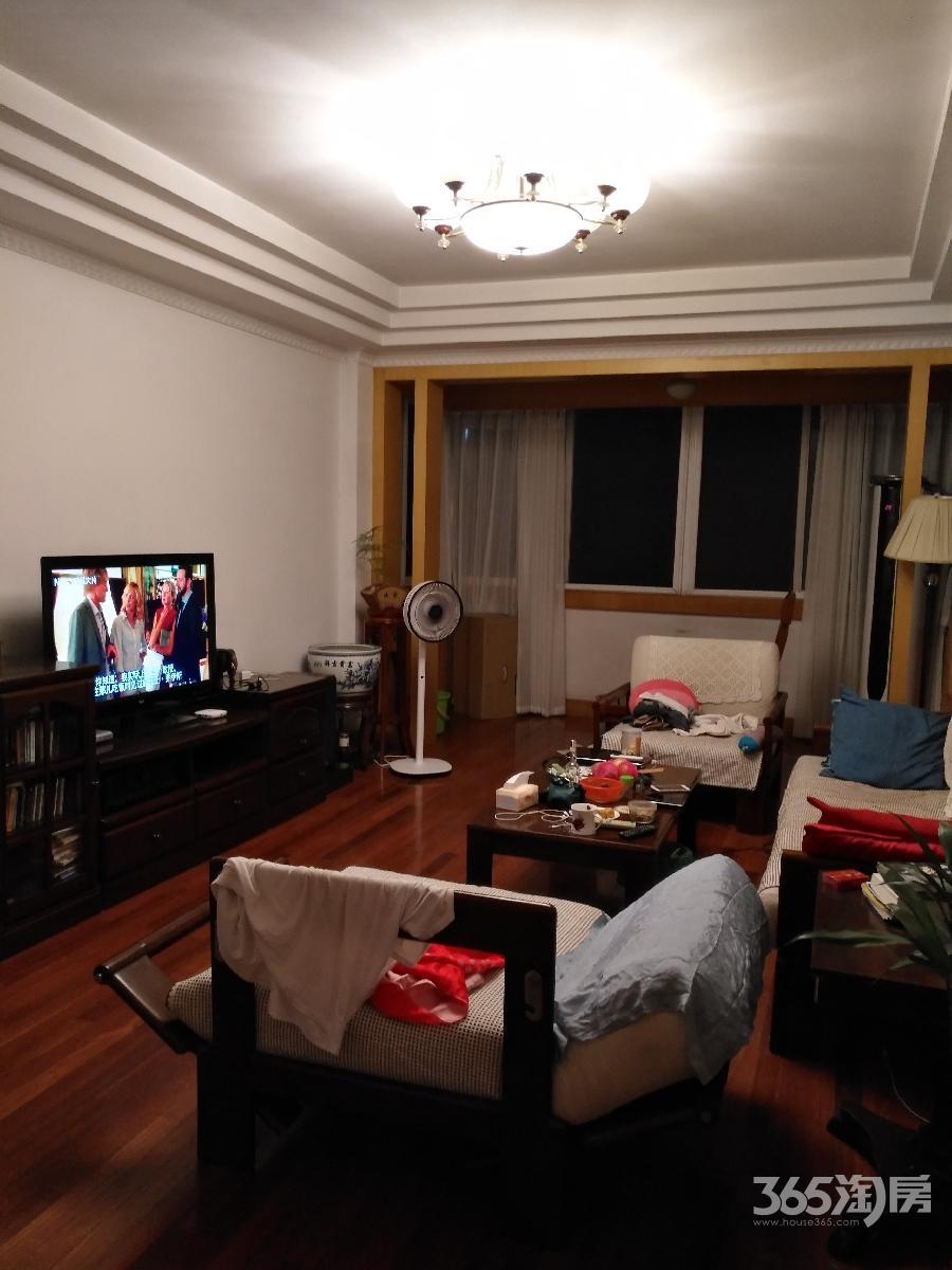 梅园小区3室1厅1卫117.25平方产权房精装