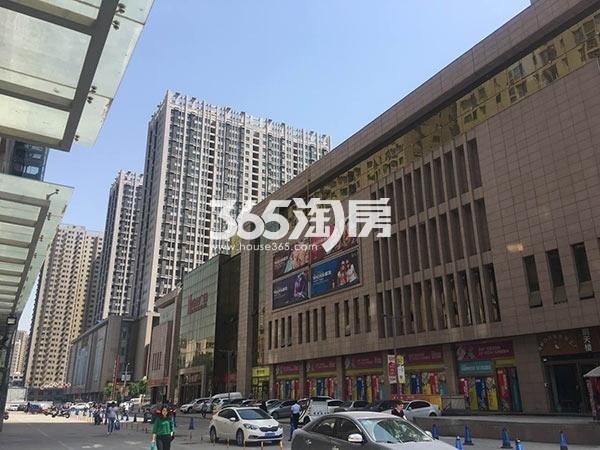 盛龙广场实景图