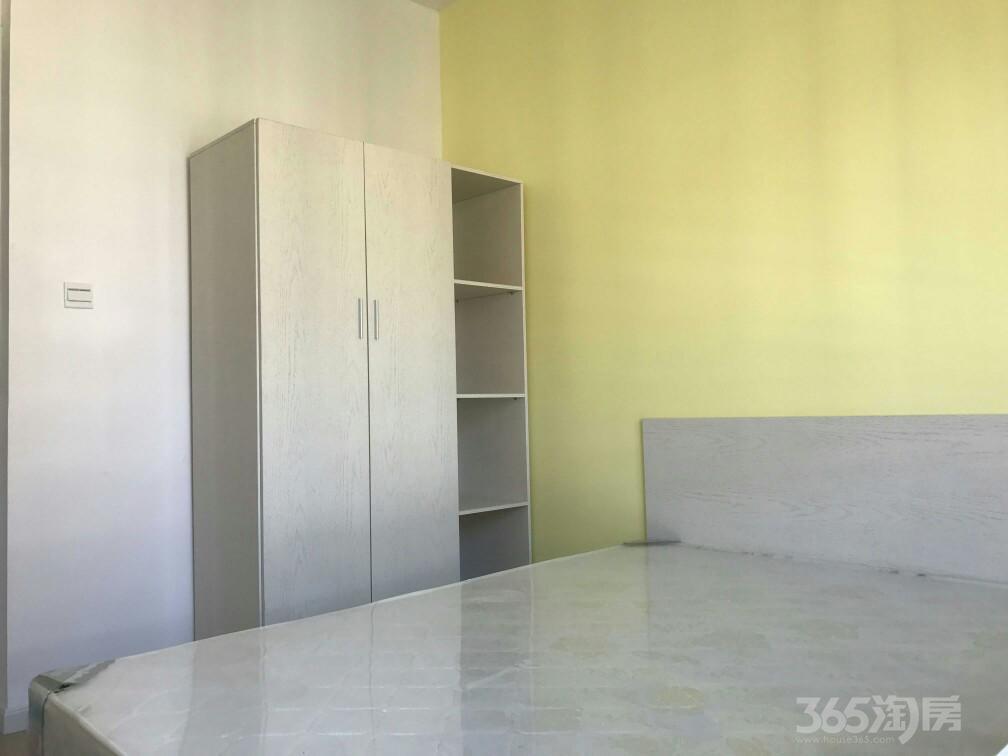 高科荣境5室2厅3卫13平米合租精装