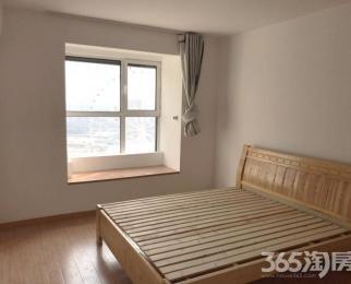 旭日上城二期3室2厅2卫128�O整租简装