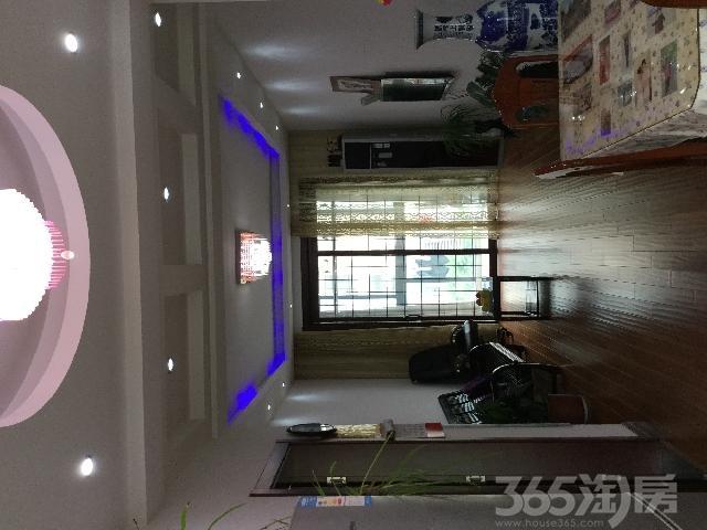 春晖家园二期3室2厅1卫114㎡2012年满两年产权房精装