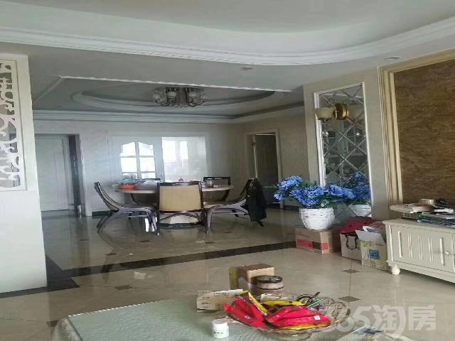 华盛嘉苑3室2厅2卫133㎡2013年产权房豪华装