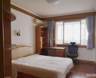 武夷路小区3室1厅1卫120平米精装整租