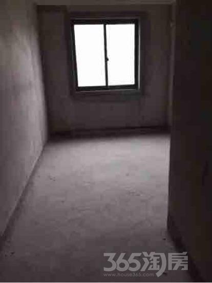怡和花园3室2厅2卫122平米毛坯产权房2011年建满五年