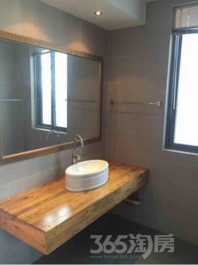 雅园4室2厅2卫143平米整租精装