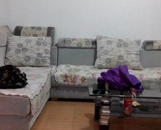 海洲景秀世家3室2厅1卫112平米简装整租