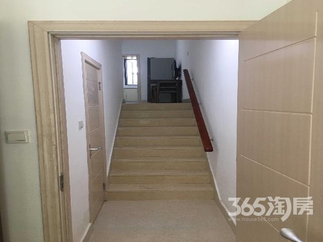 天目湖金桥国际1室1厅1厨1卫1天井1花园精装