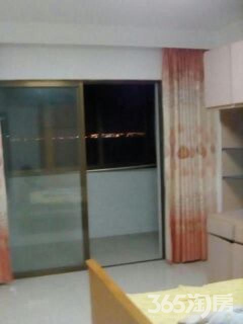 滨江街道三圩农庄2室1厅1卫96平米2007年使用权房精装