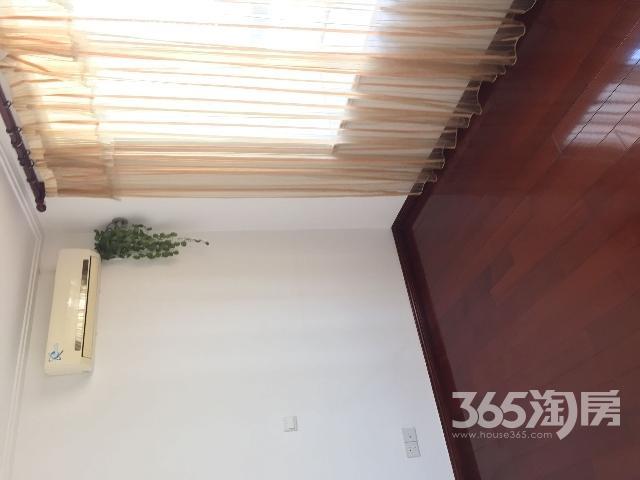 常州新北区府翰苑3室2厅2卫满两年产权房精装