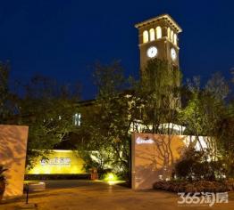 映月湖旁、龙湖九里香醍精装三房、景观帝王楼位置、金牌物业