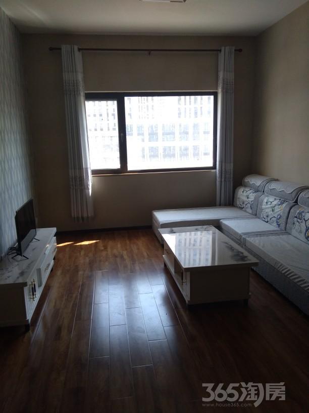 万海华府南苑2室1厅1卫88平米整租精装