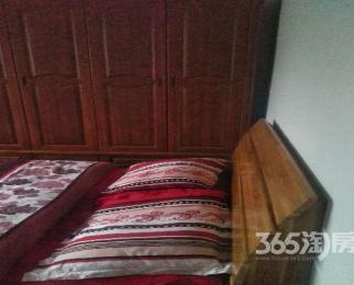 新华文沁苑3室2厅2卫150�O整租中装
