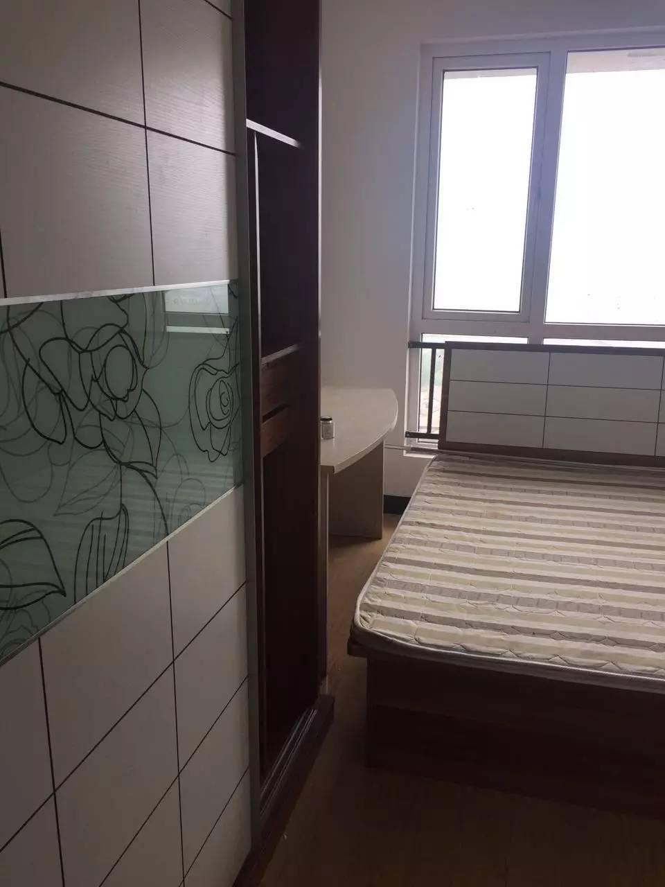 经天路仙林悦城2室1厅1卫65㎡整租精装