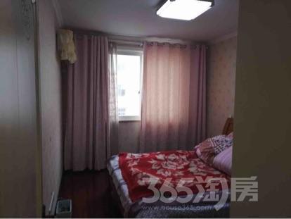 康佳花园3室1厅1卫114平米整租精装