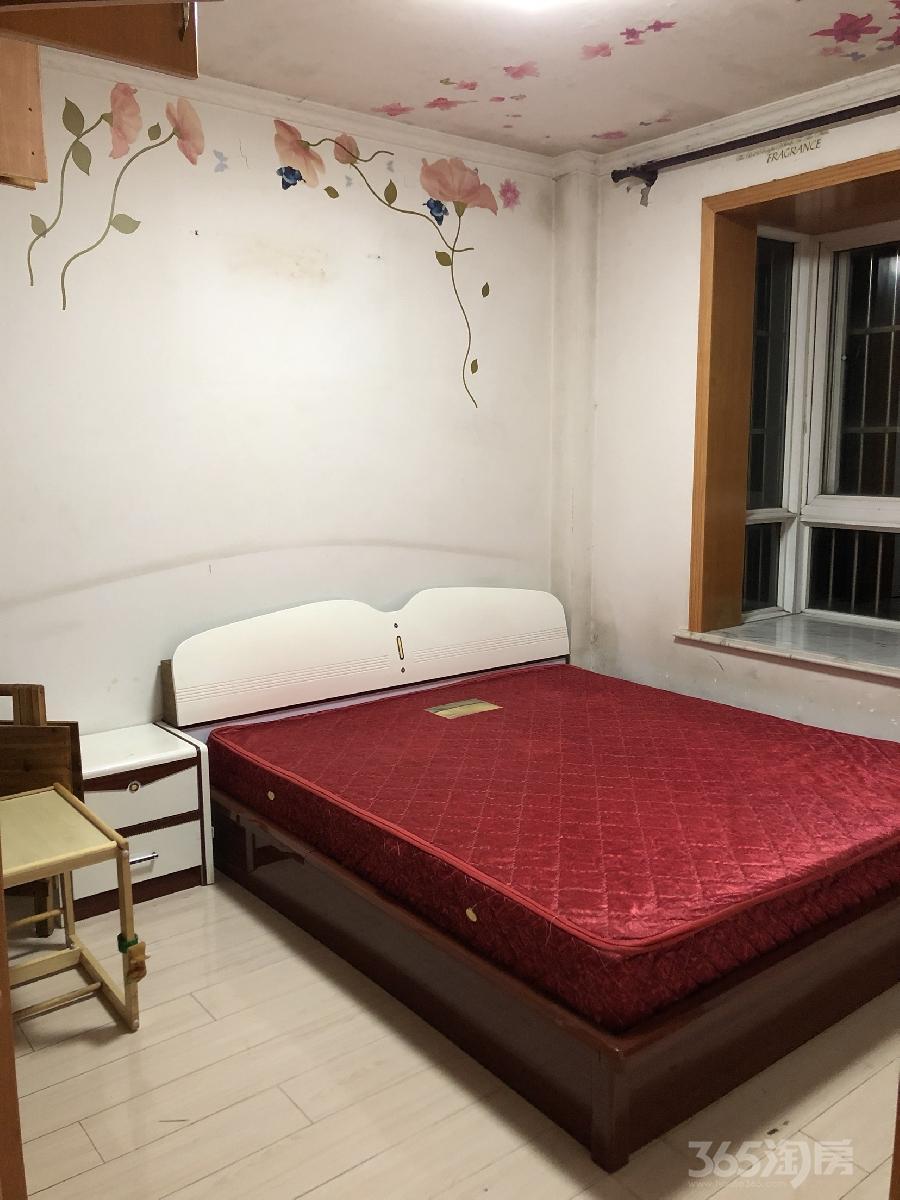 南瑞瑞东园2室2厅1卫66.9平米整租精装