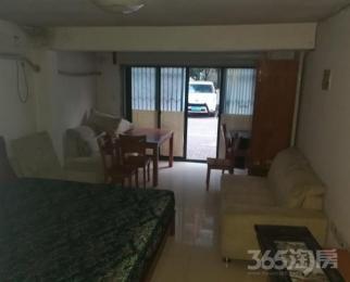 左邻右里1室0厅1卫26平米2008年产权房简装