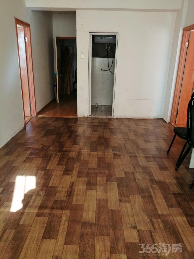 六安大市场二期4室2厅2卫142.14平米整租中装
