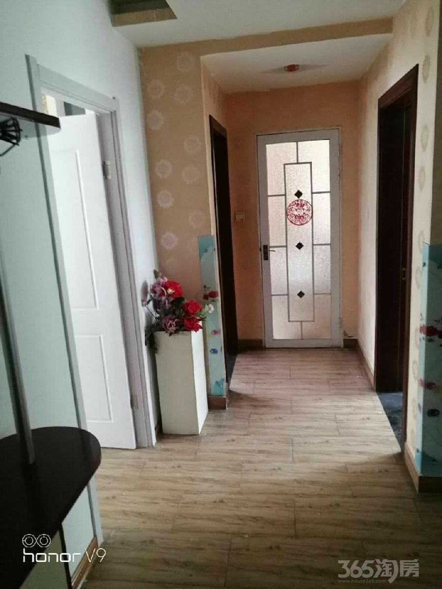 荣德棕榈湾3室1厅1卫98平米整租简装