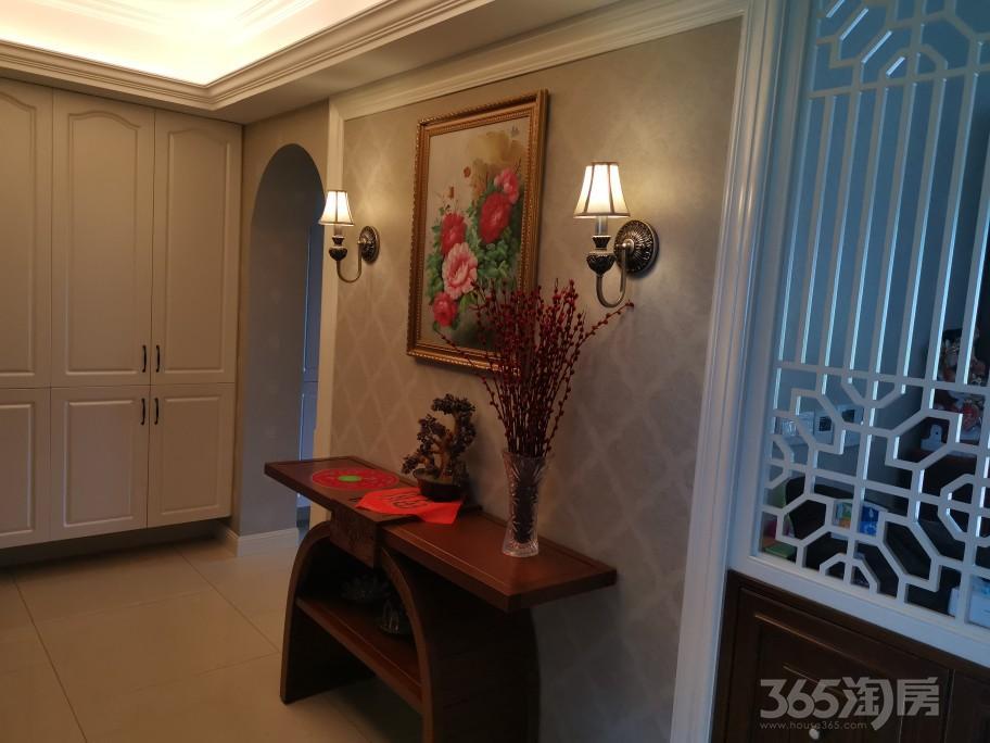 藏龙御景4室3厅4卫270平方米880万元