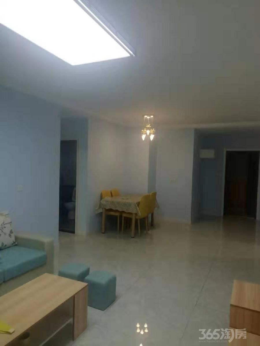 保利心语花园3室2厅2卫105平米整租精装