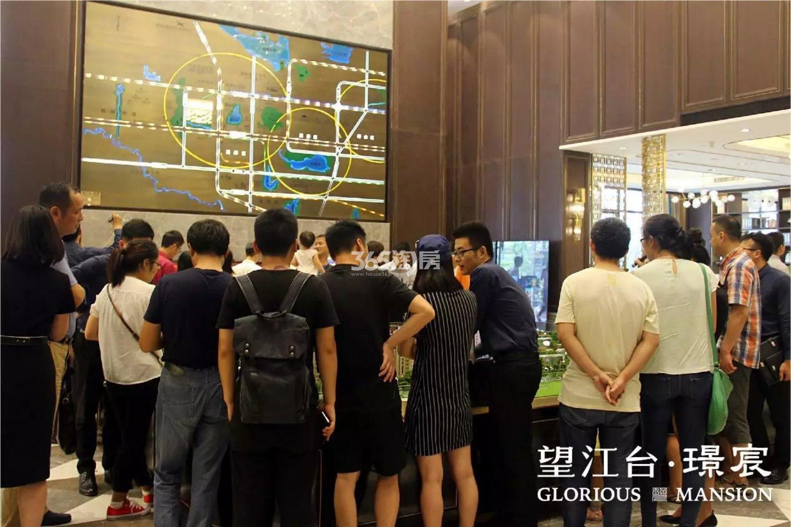 望江台璟宸售楼部售楼现场实景(2017.10.23)