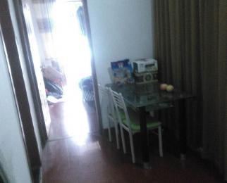 恒兴广场1室1厅1卫58.01平方产权房简装