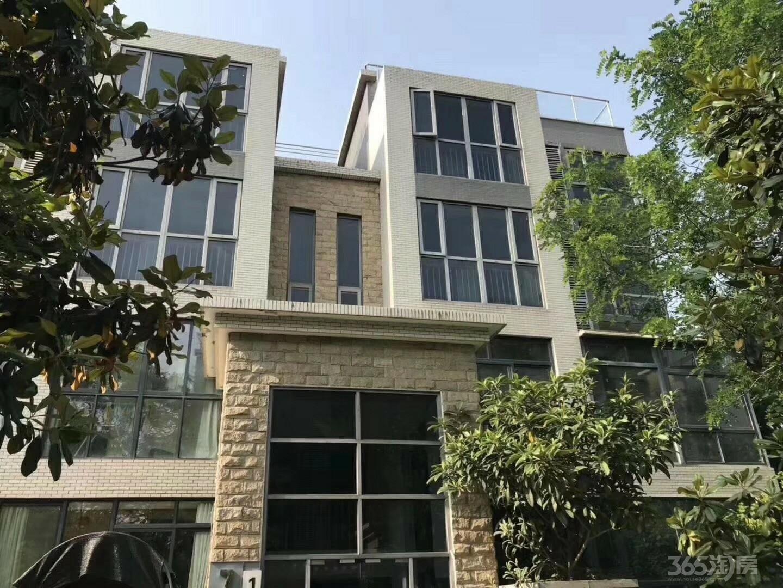 户县荣华水岸新城6室4厅4卫248平米2010年产权房毛坯