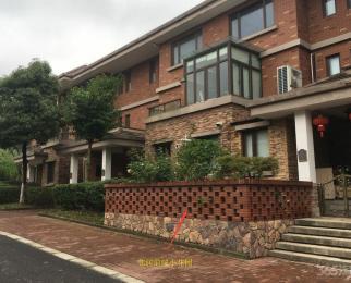 大山地花园5室2厅3卫359万元197.67平方