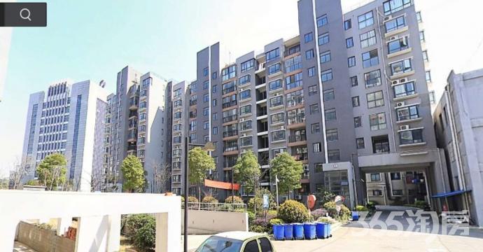 金盛田铂宫3室4厅2卫143.9平米毛坯产权房2010年建