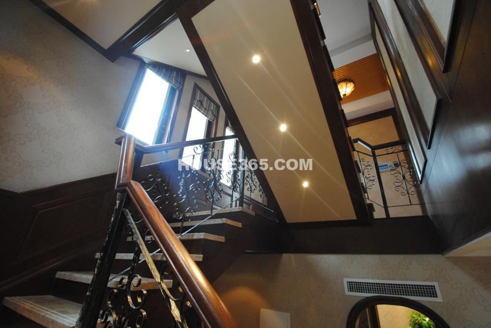 E户型506平方米样板间 楼梯(6.25)