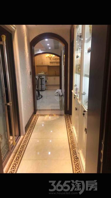 苏宁滨江壹号5室2厅2卫230平米豪华装产权房2014年建