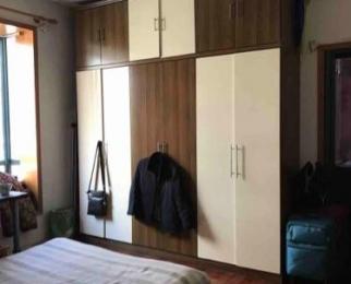 碧云山庄3室2厅2卫131平米精装产权房2004年建