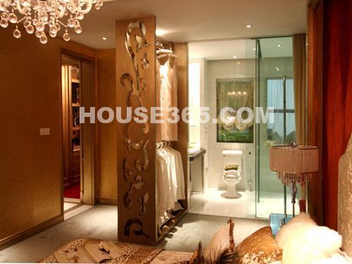 世茂香槟湖样板房188平米样板房现代主卫