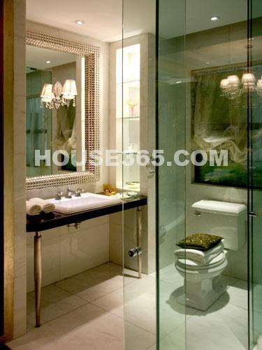世茂香槟湖样板房188平米样板房温馨盥洗室