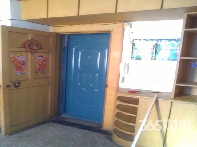 浦南南村2室1厅1卫66�O整租精装