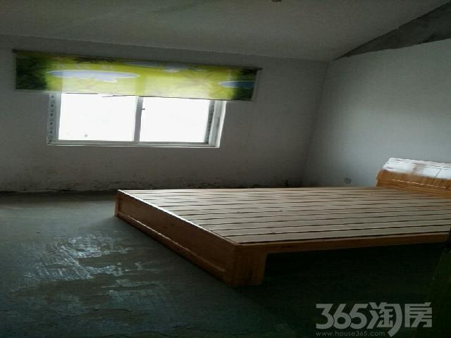 平安小区3室1厅2卫127㎡整租毛坯