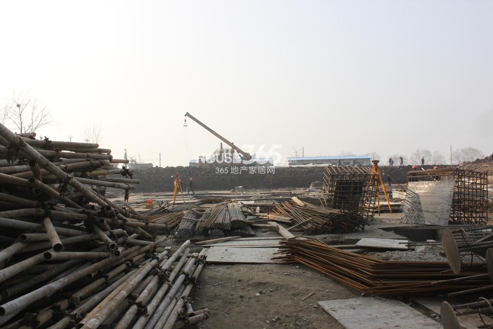 世茂外滩新城西侧商业施工现场(2.20)